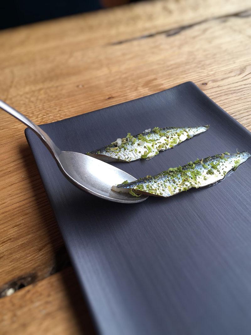 Marinated sardines, parsley cream