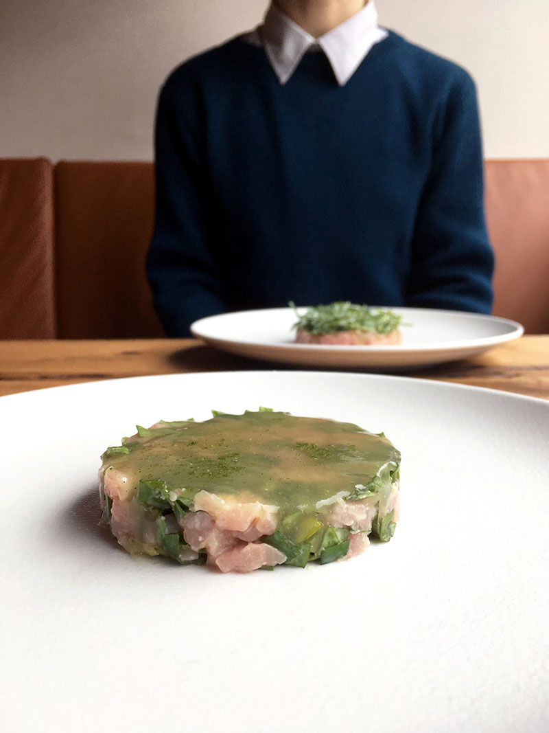Veal tartare, oyster leaves and green apple