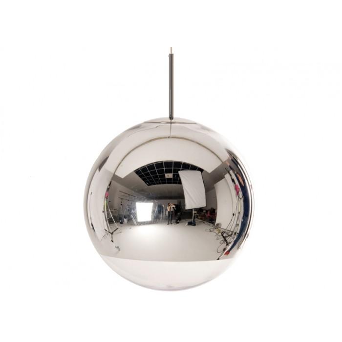 Mirror Ball  Taklampa av Tom Dixon. S 25cm, M40cm, L 50 cm   Lagerstatus: I lager.