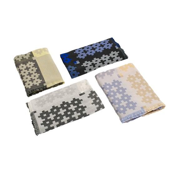 Plus9 Filt    Hay wool filt 145 x 210 cm    Lagerstatus: I lager.