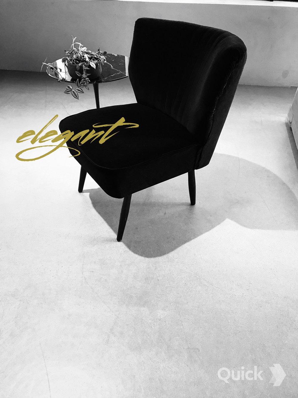Vintage Fåtölj MARTHA   Klädsel svart sammet  B; 52 cm Sitthöjd 42 cm, Djup; 49 cm, Ryggbredd 65 cm