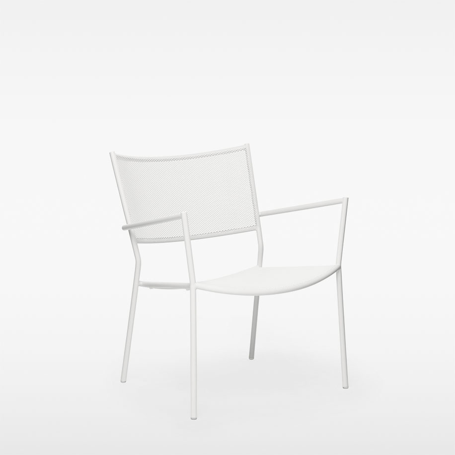 MASSPRODUCTION - Jig Mesh Easy Chair