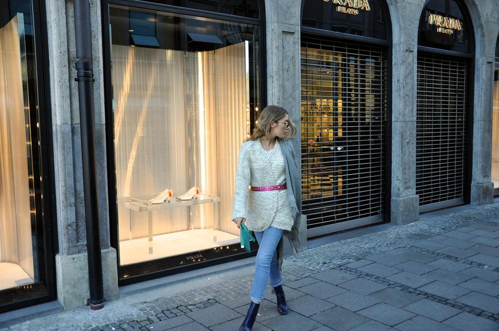 knitwear Zara shirt H&M jeans H&M sunglasses JeanPaulGaultier belt Matthew Williamson for H&M clutch Gucci scarf Faliero Sarti boots Zara