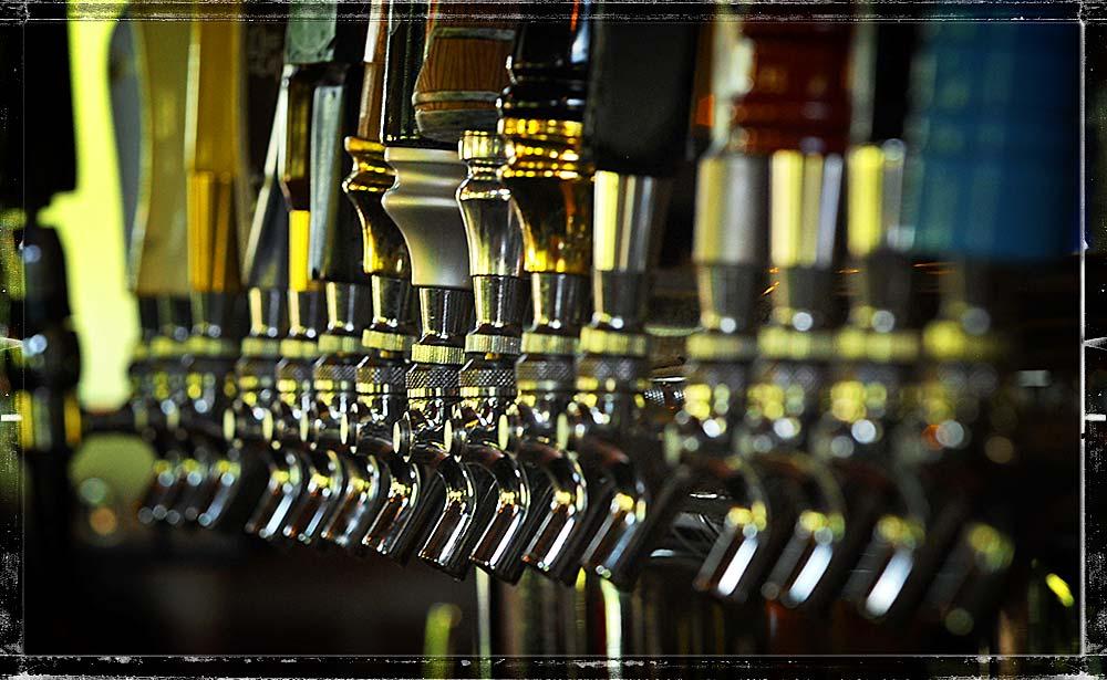 craft-draft-beer-burntwood-tavern.jpg