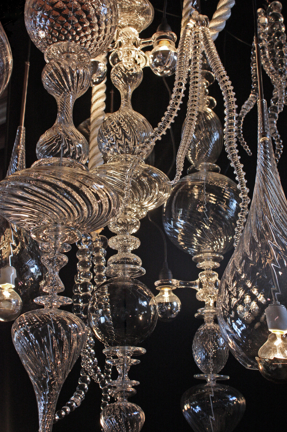 andy-paiko-chandelier-detail1.jpg