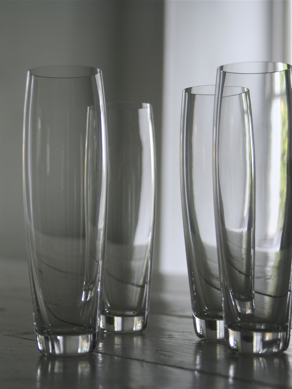Curved Champagne Glass2.jpg