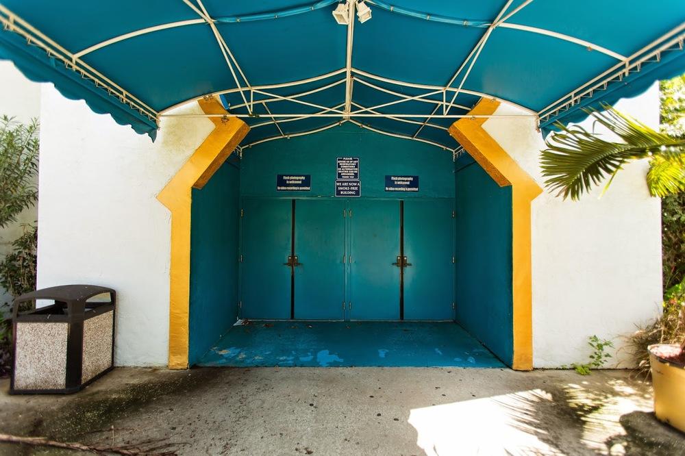 Arabian Nights Kissimmee Outside Entrance 2