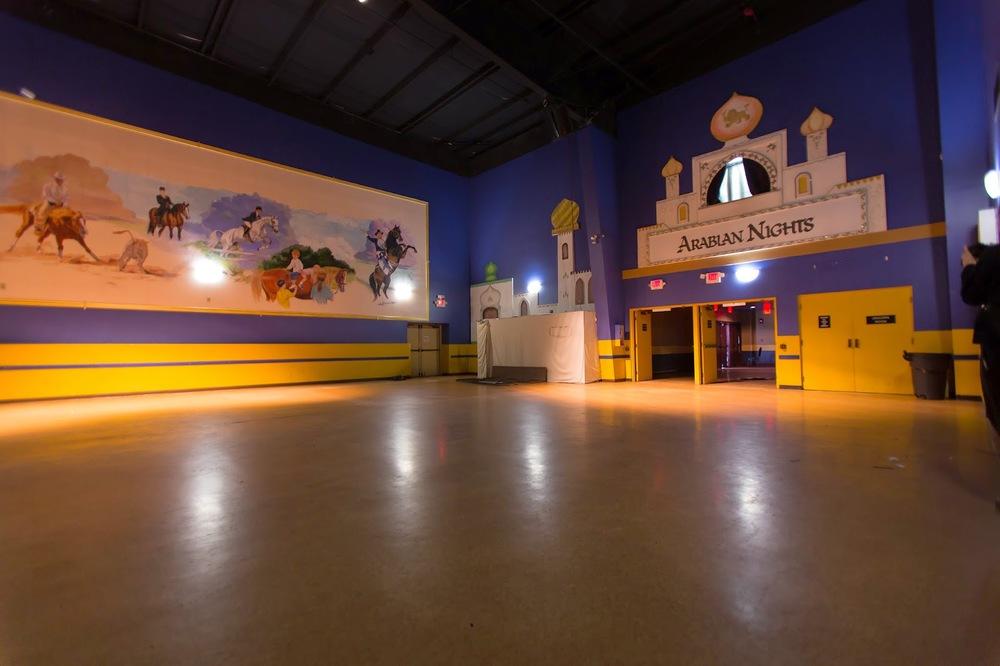 Arabian Nights Kissimmee Inside Hall