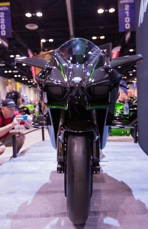 AIM Expo - Ninja H2R Front