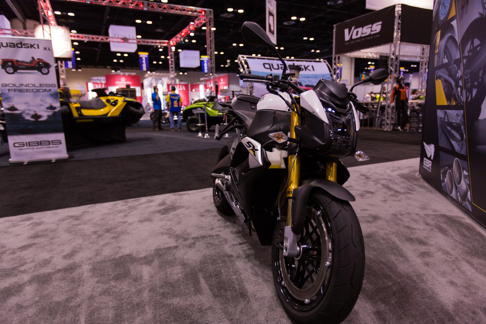 AIM Expo - Buell 1190 SX Right