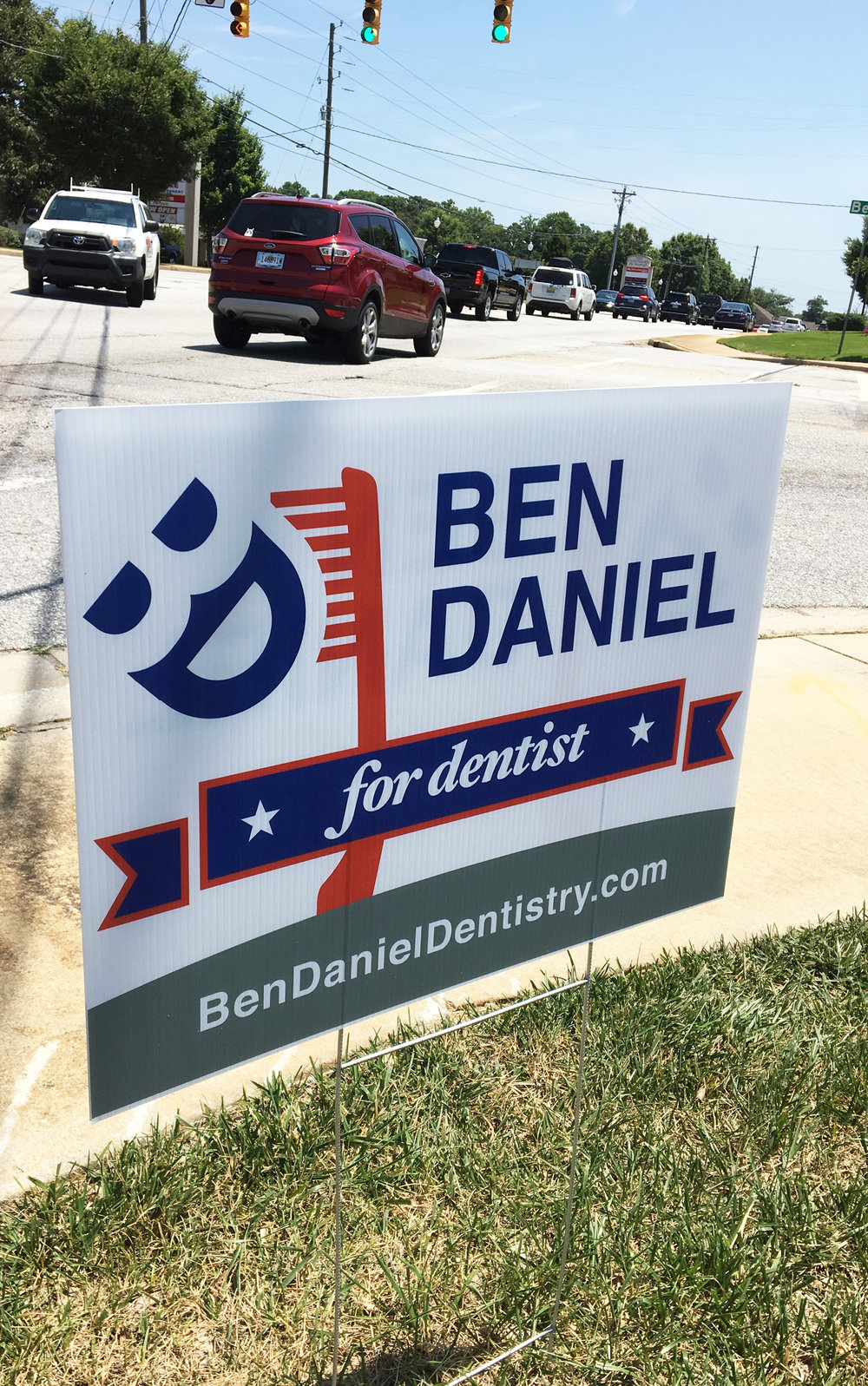 vote-guerilla-marketing-Ben-Daniel-for-dentist-2.jpg