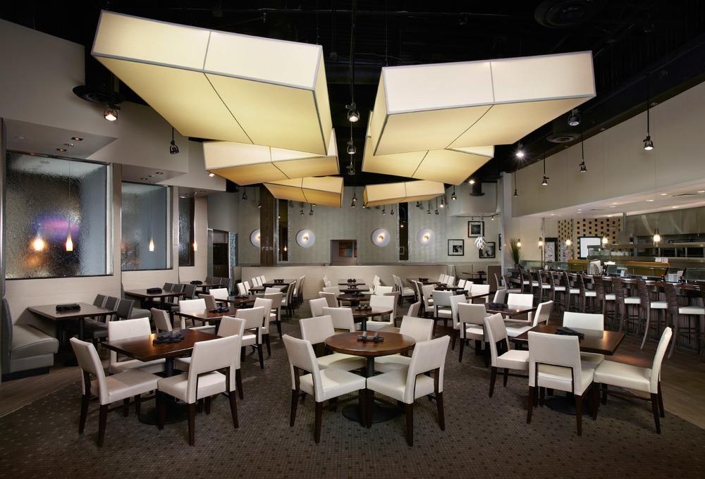 Kona Main Dining Room.jpg