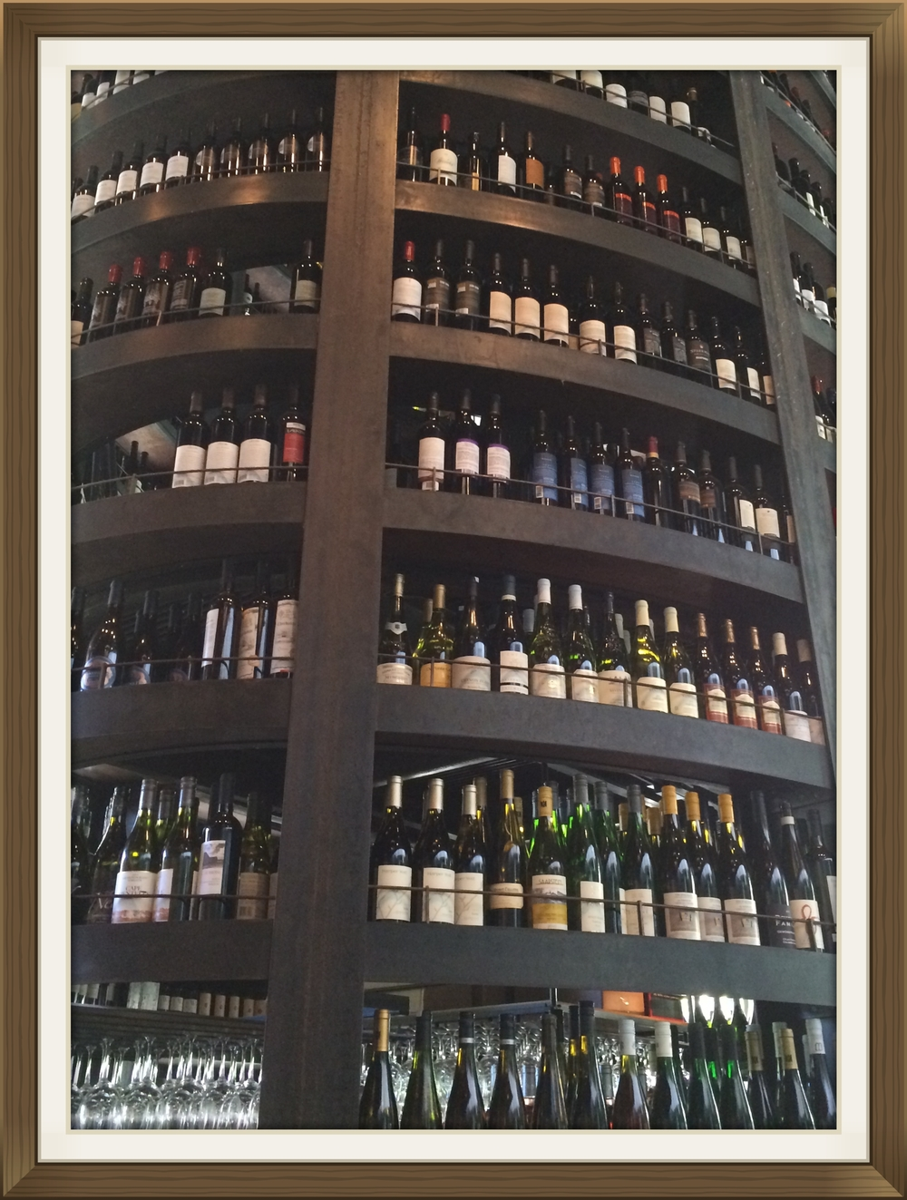 Purple Cafe & Wine Bar, Seattle's wine tower