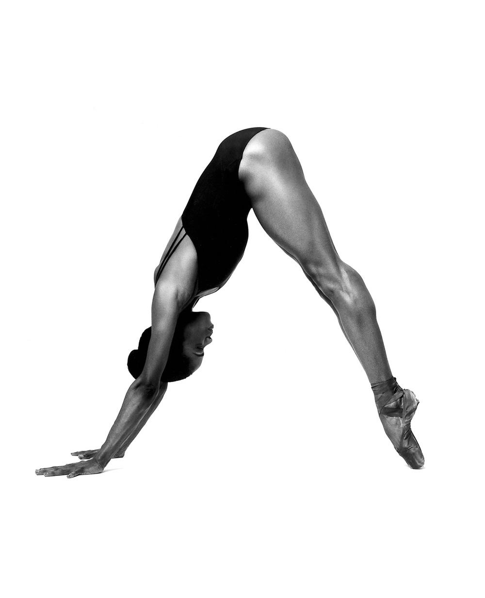 dancer_v.jpg