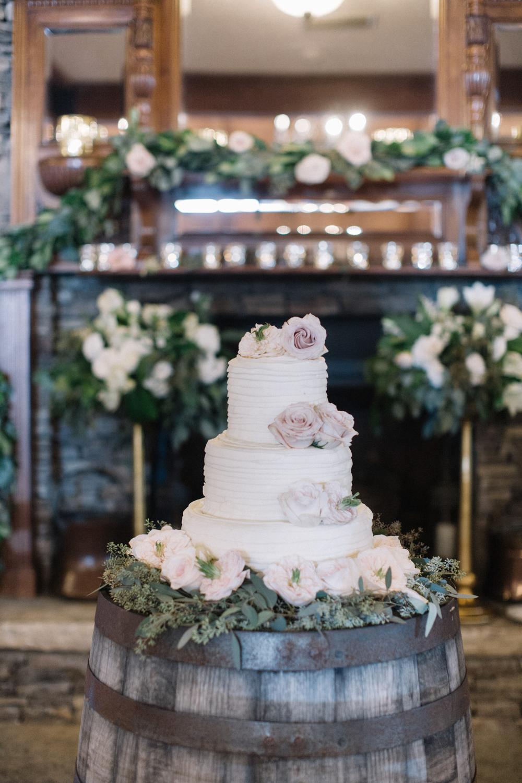 Wedding-Cake-Roses-Pink.jpg
