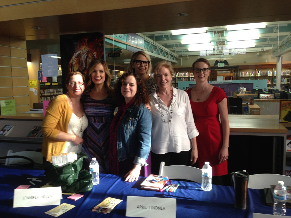 Me, jennifer niven, april lindner, amy talkington, sandra waugh, and mary mccoy in Los angeles!