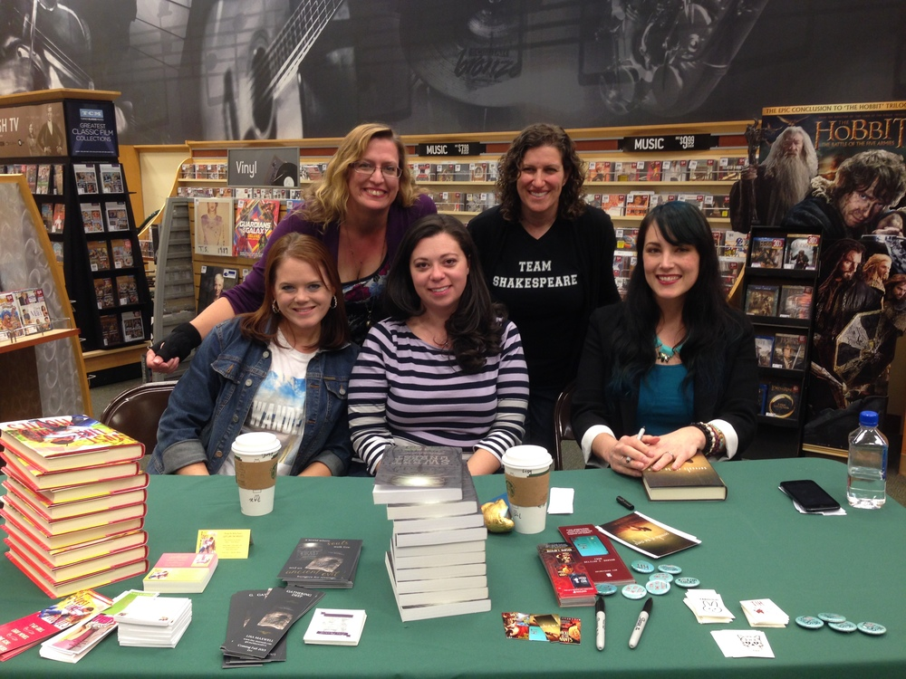 Me, michelle ray, kelly fiore, lisa maxwell, and delilah dawson at B&N in fairfax!