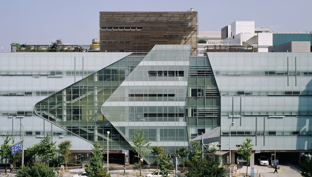 CHA Women and Children's Hospital, Seoul, South Korea. Under the direction of Jim Diaz, KMD participated in the introduction of American Planning and Design Concepts abroad, adjusted to compliment international cultural patterns.