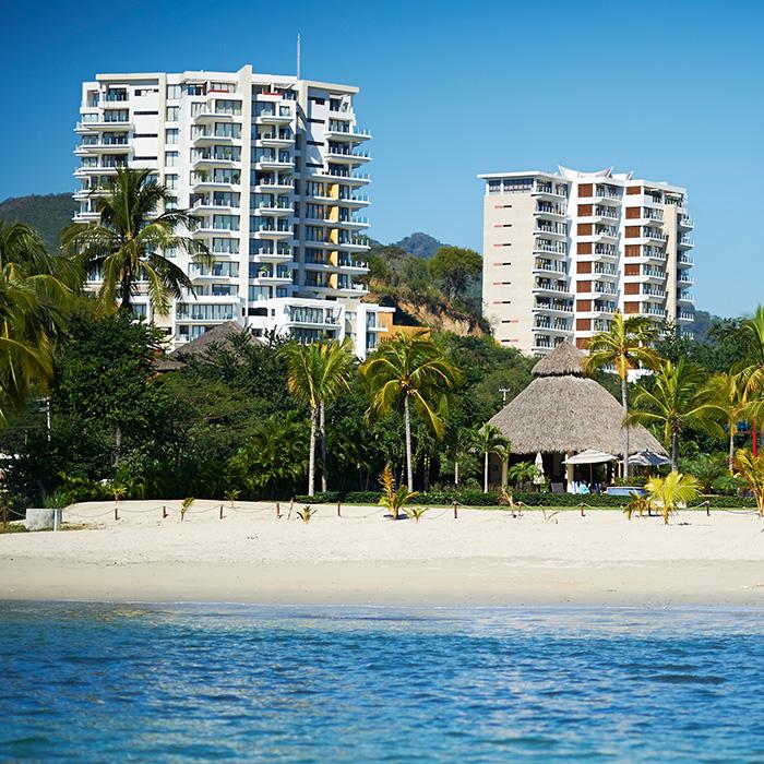 Alamar Resort
