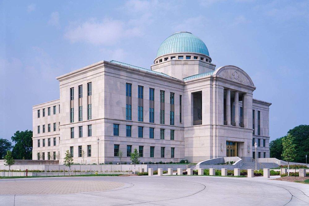 Projects_1500_Iowa-Court_01.jpg