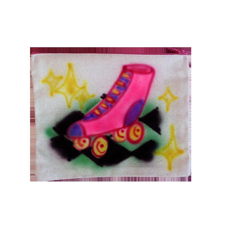 zipper pouch rollerskate.png