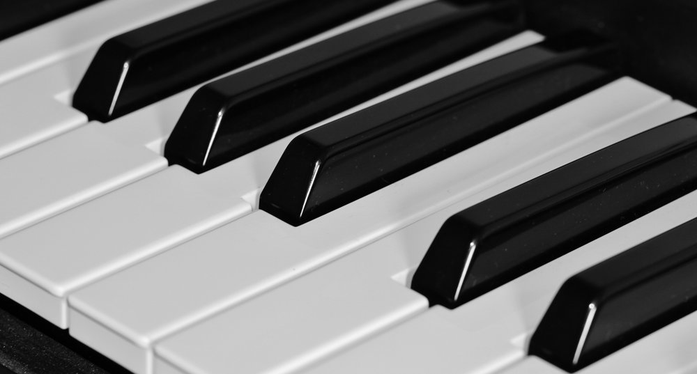piano-keyboard-keys-music-54615.jpeg