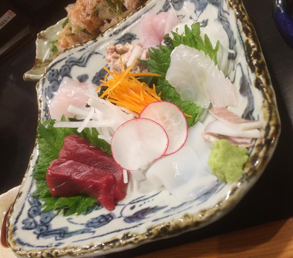 Rojinan de - sashimi wo taberu