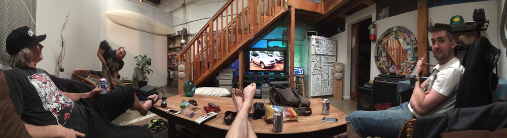 Panoramic of Chilling at Dennis's (Jon looking odd)