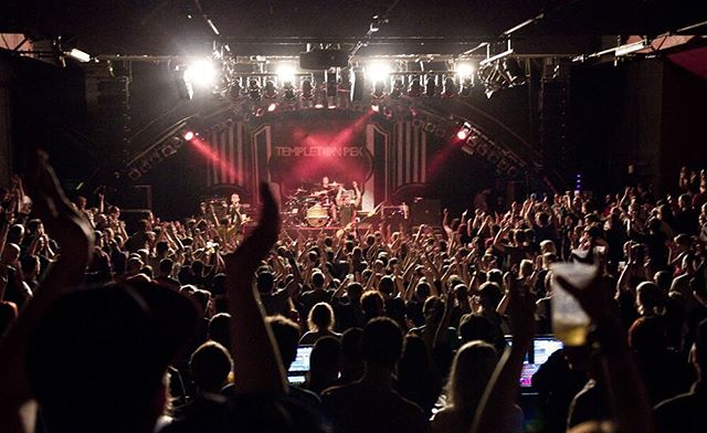 A little Throwback Thursday action.... 2015 @markthallehamburg .... definitely in our top 5 shows of all time. With our mates @zebraheadofficial. Photo credit: @stageload #markthalle #stageload #templetonpek #hardlineent