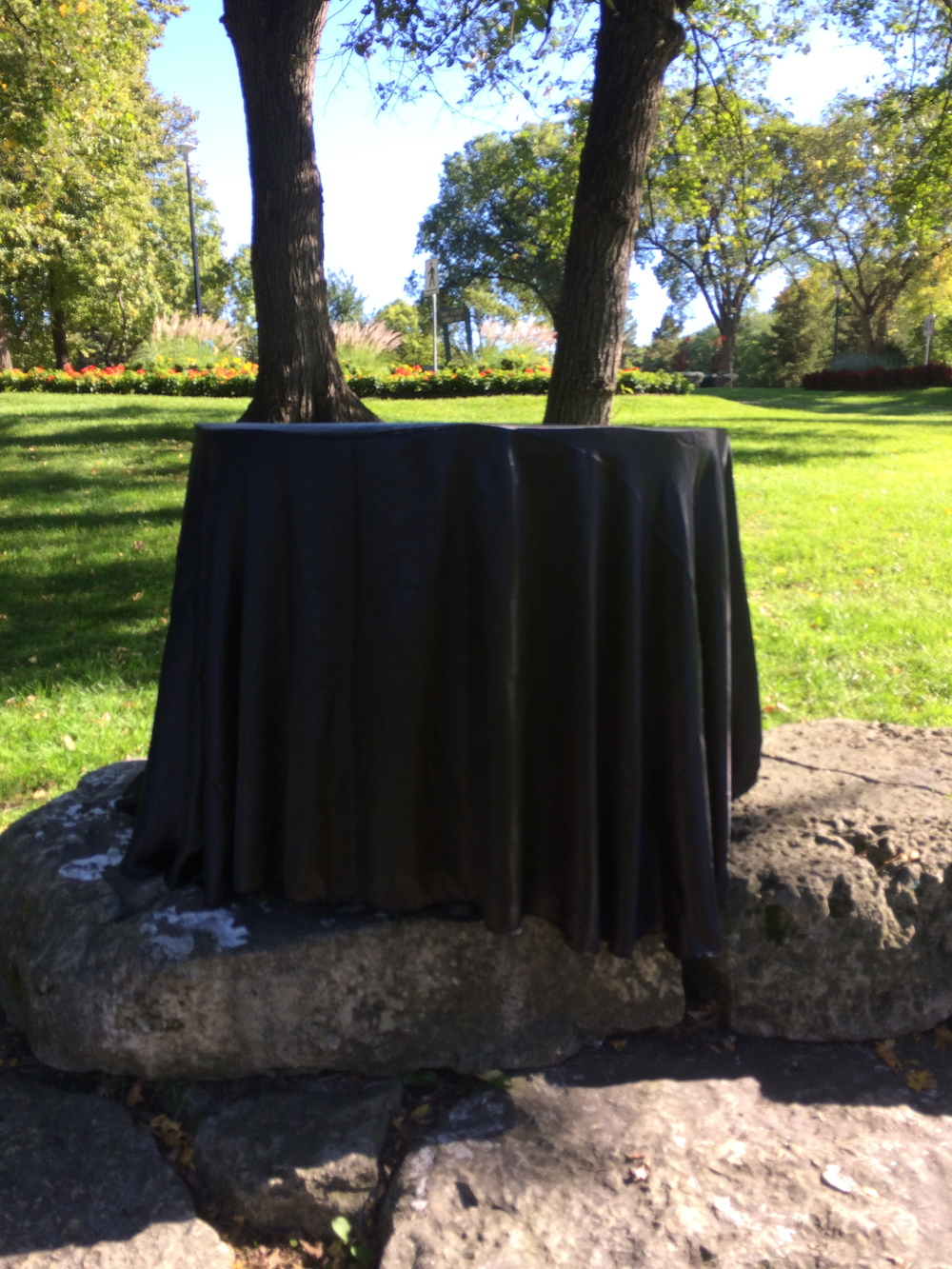 BLACK SATIN TABLE CLOTH