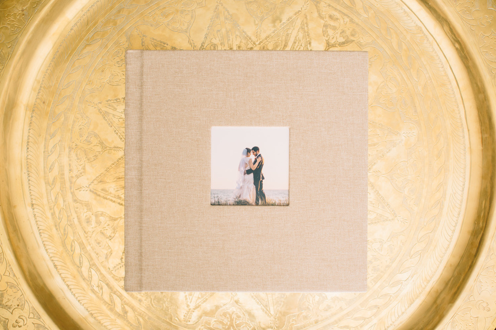 HeirloomWeddingAlbum001.JPG