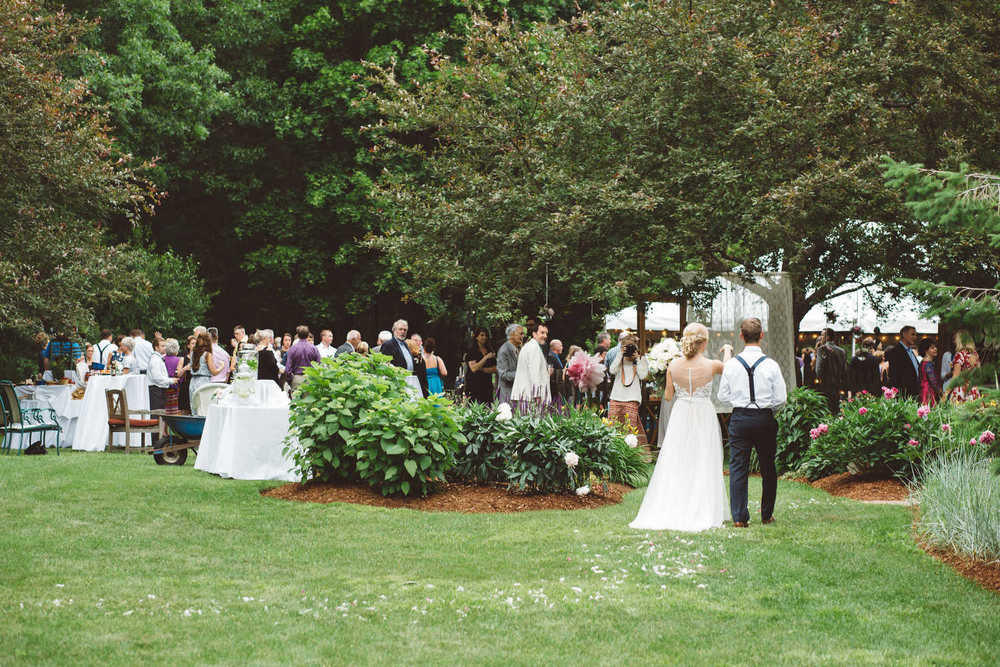 BackyardWedding029.JPG