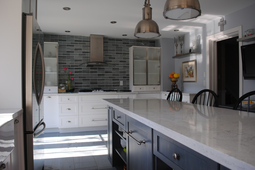contemporary kitchens crescent cabinet