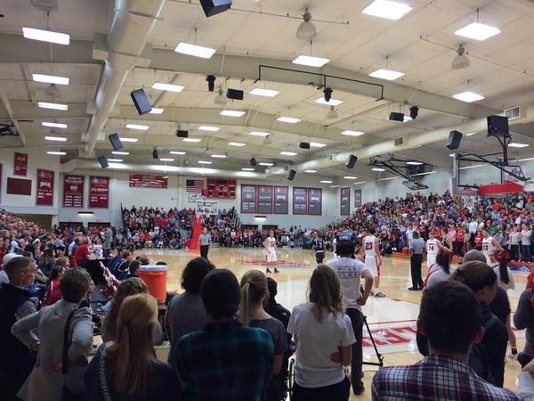 crowd4.jpg