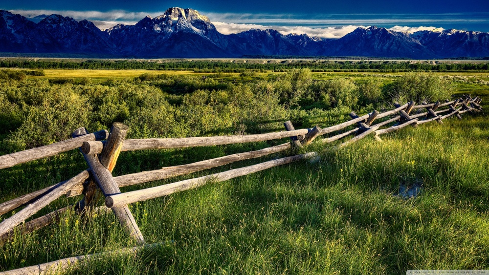 mountain_fence-wallpaper-1280x720.jpg