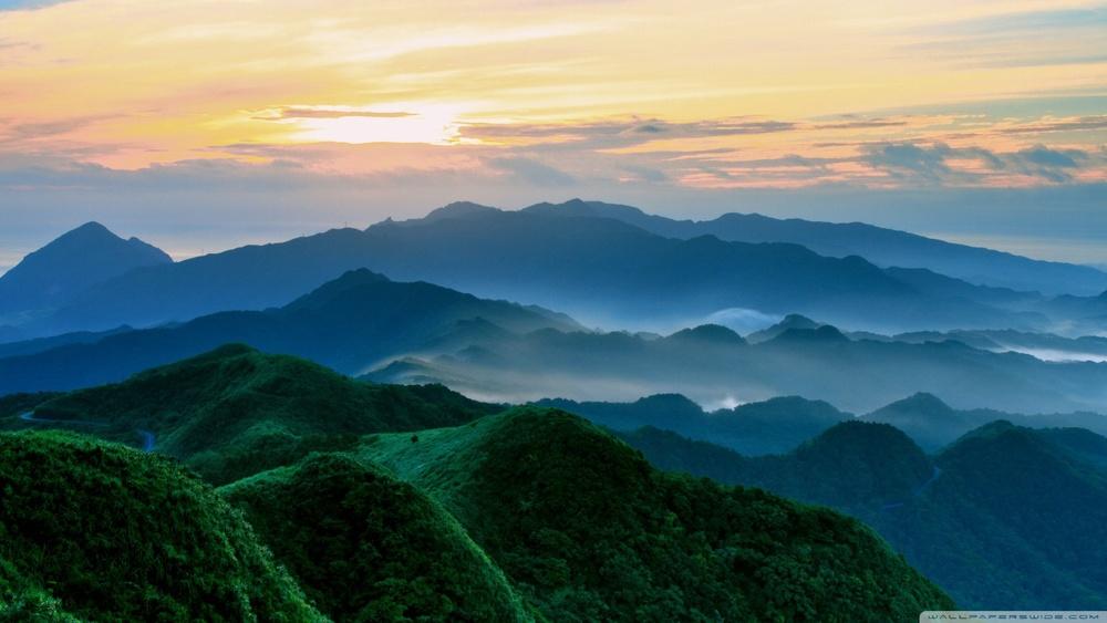 foggy_mountain_peaks-wallpaper-1280x720.jpg