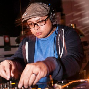 "KARL ALMARIA: BRUNCHLOX CHICAGO, ILLINOIS  Facebook:  Brunchlox  Twitter:   @KarlAlmaria  /  @Brunchlox  Instagram:  @karlalmaria  /  @Brunchlox   House heads and foodies alike will recognize DJ Karl Almaria as the promoter behind Brunchlox, the culinarily focused daytime dance party currently taking up residence every first Sunday of the month at Kimski/Maria's Packaged Goods & Community Bar in Bridgeport. A veteran of Kultura's past music lineups, Karl will step away from the turntables this year to serve up a whole roast hog as part of our ""Lechon Lectures"" series!   (Scroll down to the Programming Schedule for lecture times and the ""Presenters"" section for speaker bios and topics.)"