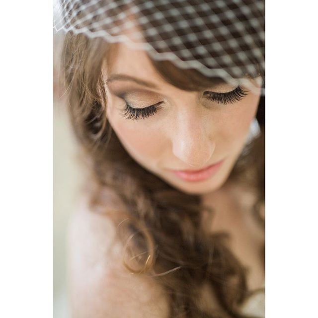 Them lashes! #bride #bridalportraits #weddingphotographer #wedding