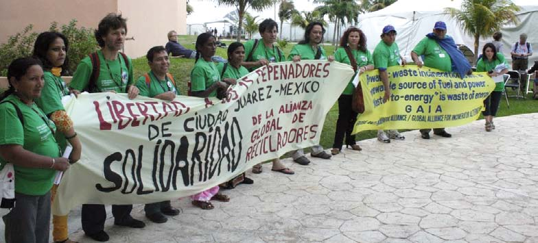 Waste-pickers in Mexico, protesting against the move towards waste to energy.