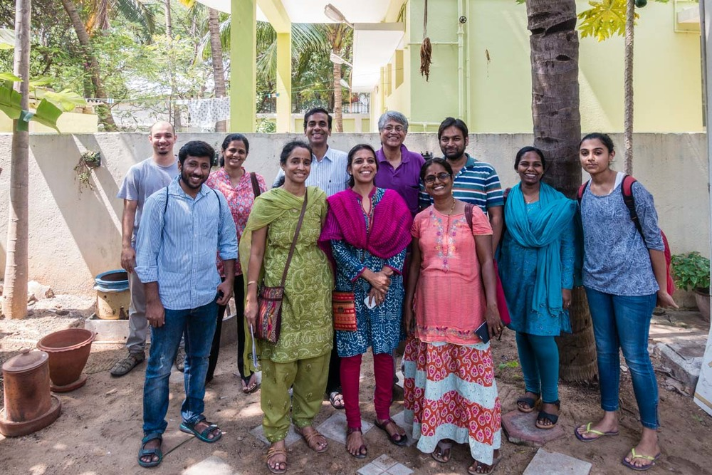 Participants of the composting workshop with Sridhar in the middle.