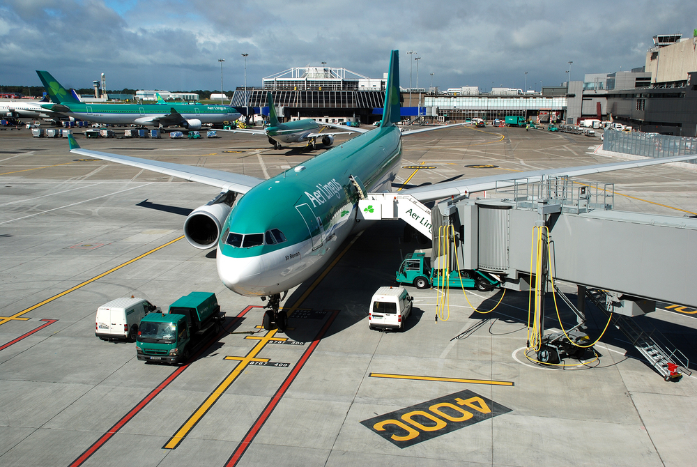Dublin Airport - Aer Lingus aircraft on the apron at Dublin Airport.jpg