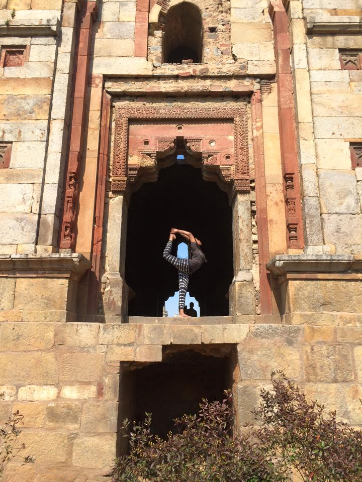 delhi dancer.jpg