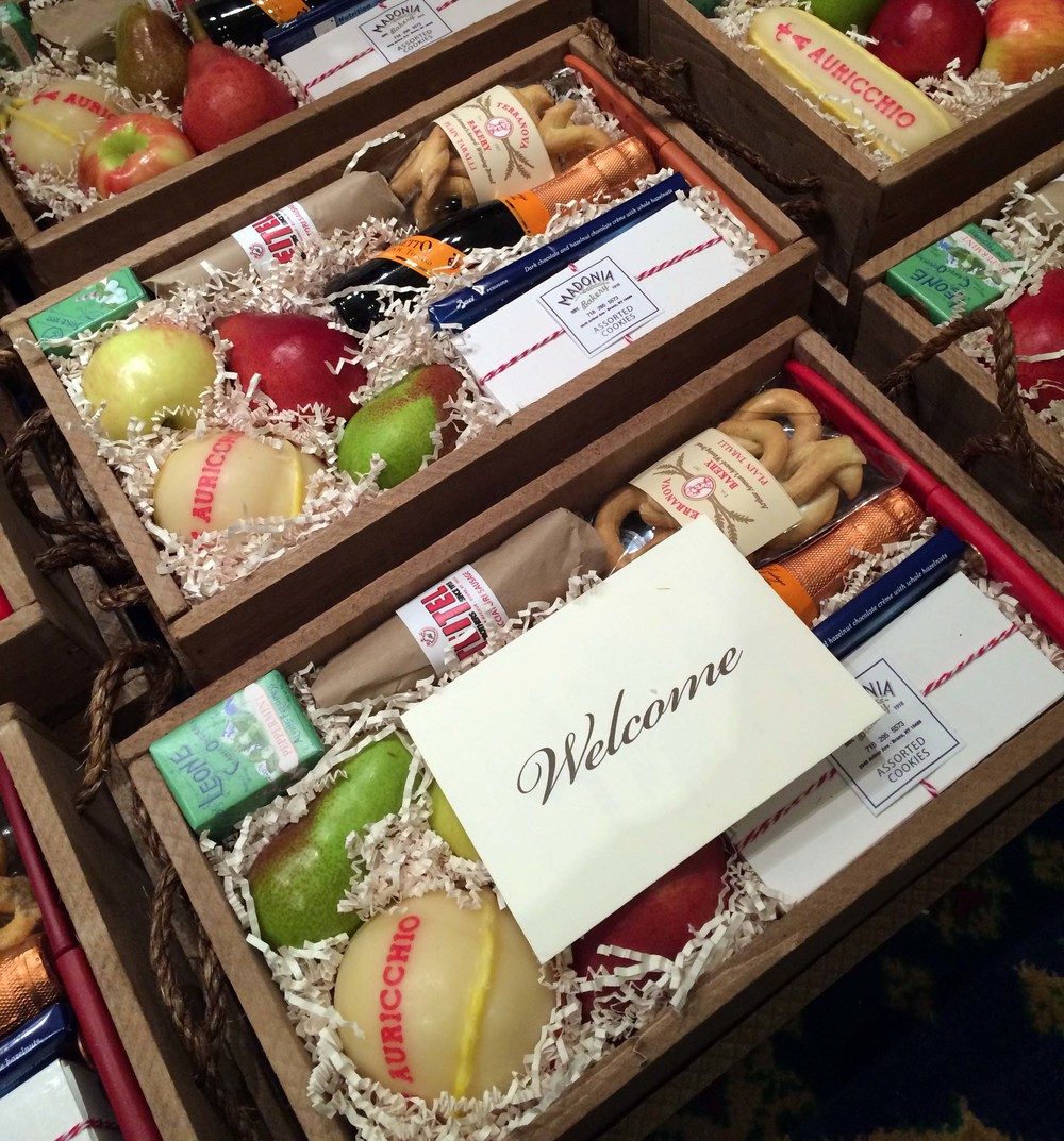 ITALIAN MARKET WEDDING WELCOME BOX CONTENTS