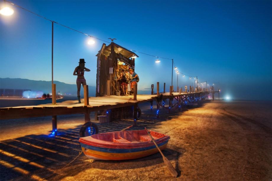 the-dock-in-the-desert-x3.jpg