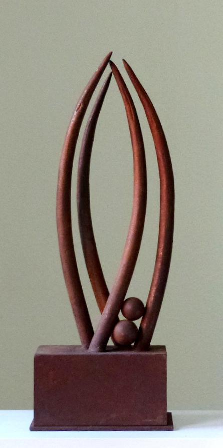 Metamorphose | metamorphosis  2010  Stahlschrott, geschweißt | scrapmetal, welded  55x21x10 cm  verkauft | sold