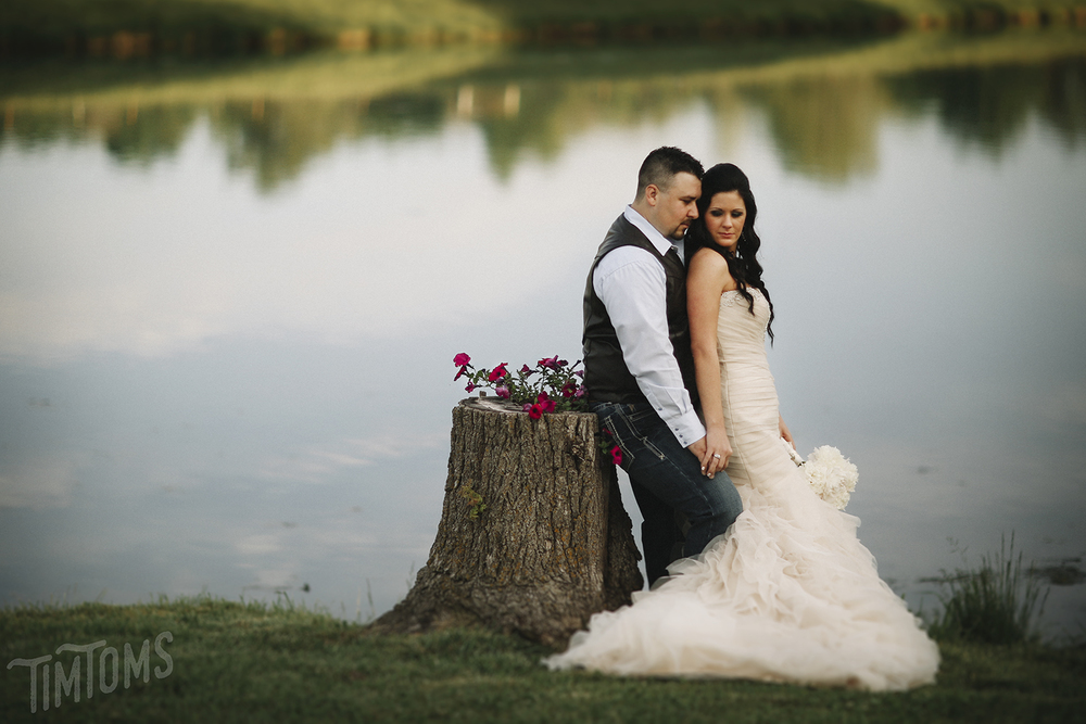 Bullskin Creek Neosho Missouri Wedding Venue