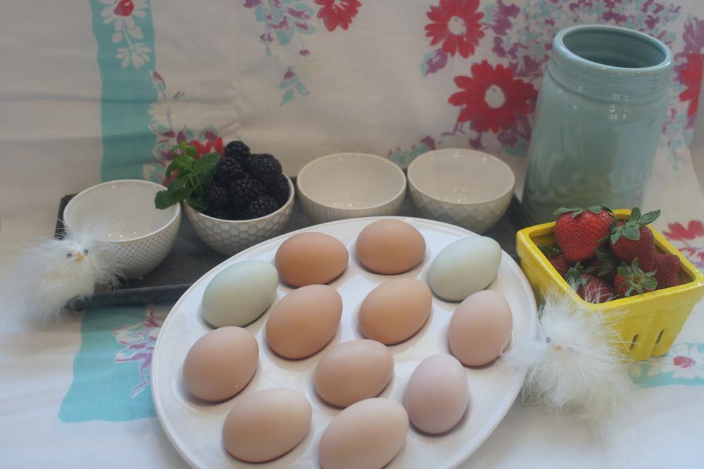 Farm Home Shop items: Stoneware Berry Basket, Deviled Egg Plate, Cream Stoneware Bowls, Zinc Tray, Mason Jar Vase.