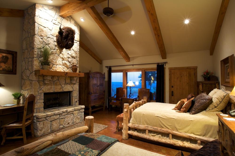 Buffalo Room.jpg