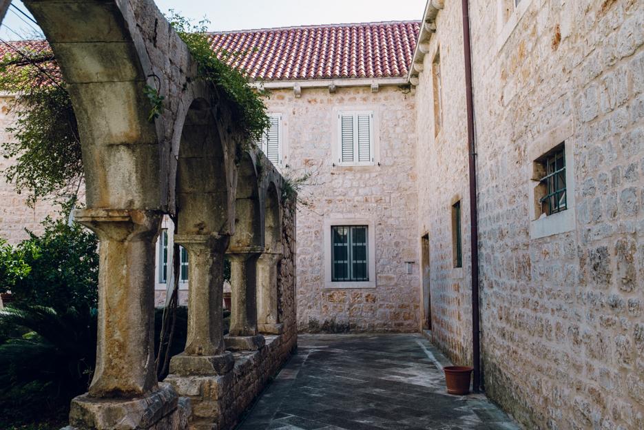 Monastery in Stari Grad.