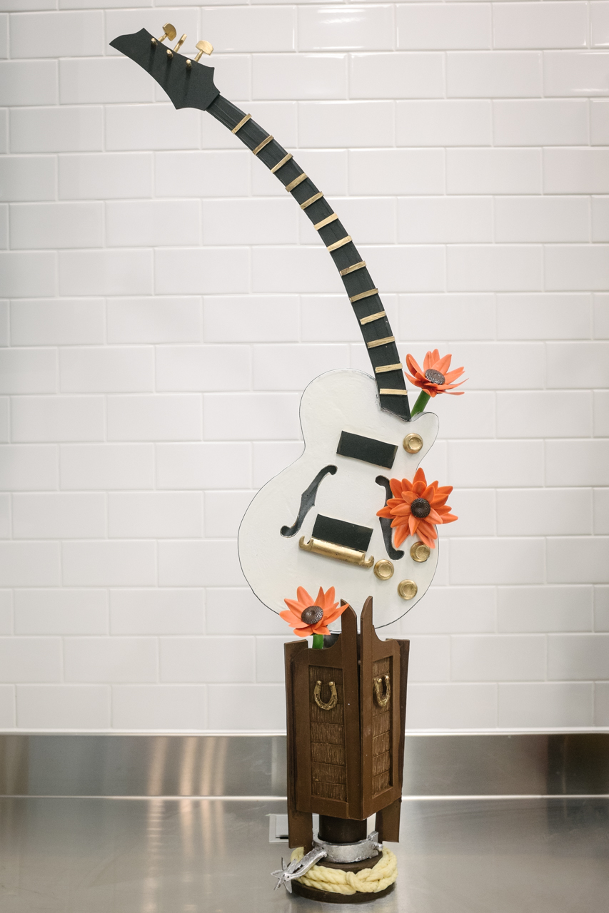 chocolate-guitar-.jpg